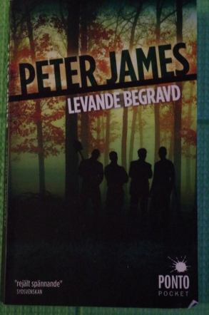 Levande begravd Peter James