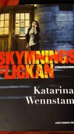 20160922-skymmningsflickan